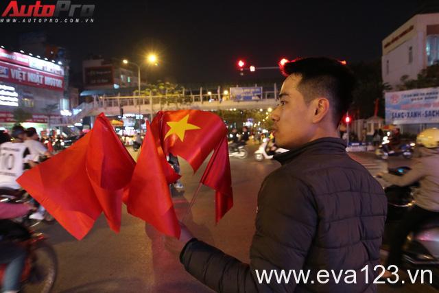 U23 Việt Nam tiến vào chung kết - đêm không ngủ của giao thông Hà Nội - Ảnh 3.